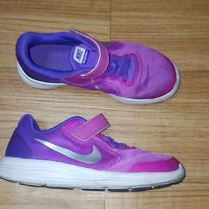 Nike Running shoes for girl size 13
